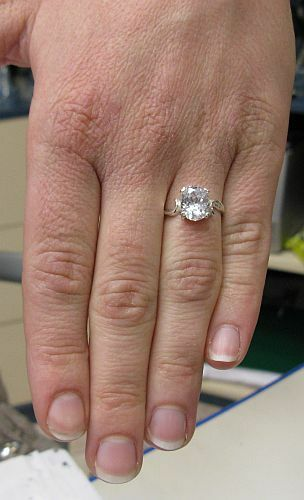 Z Empress R000108 Stylish Sterling Silver Ring Solid 925 CZ Size G