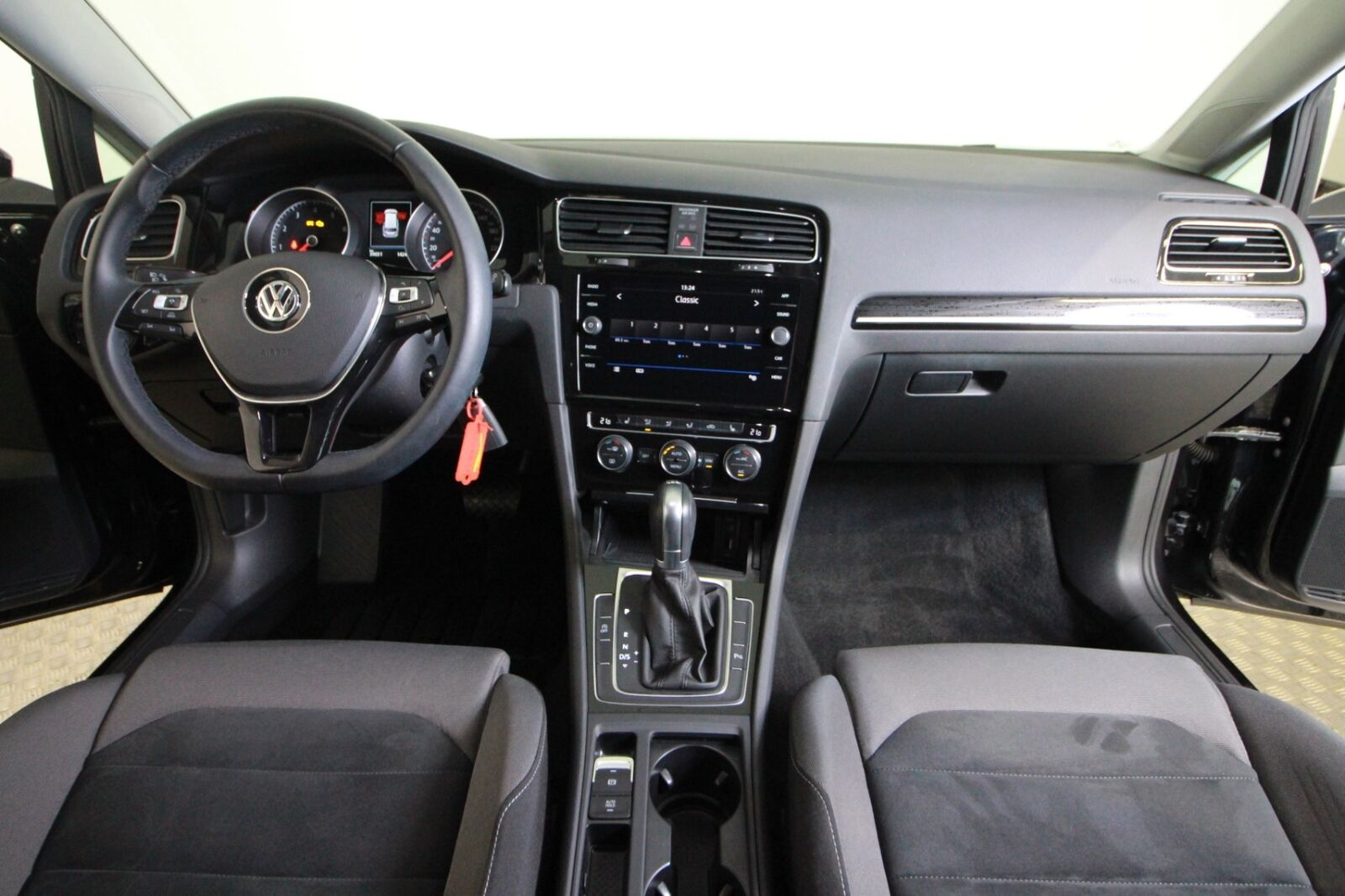 VW Golf VII TSi 150 Highline Variant DSG