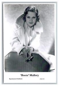 039-Boots-039-Mallory-c-Swiftsure-Postcard-year-2000-modern-print-232-11-glamour-photo