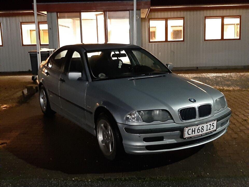 BMW 318i, 1,8 Bavaria aut., Benzin