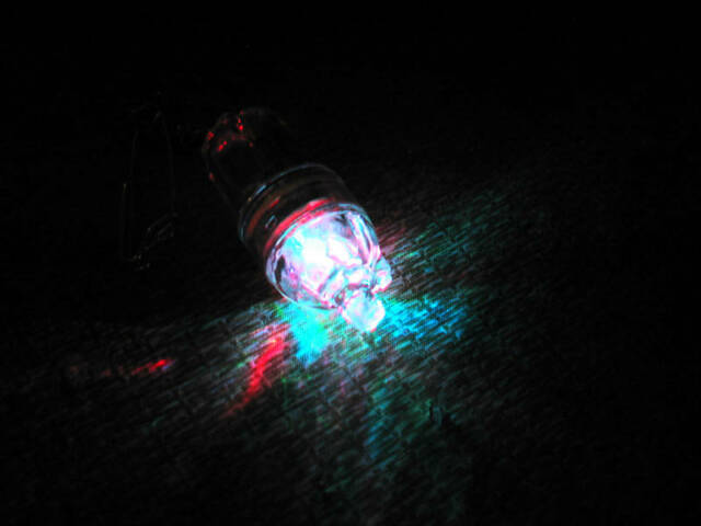 4 COLOR DISCO DEEP DROP SWORDFISH LED STROBE LIGHT 2100 FT