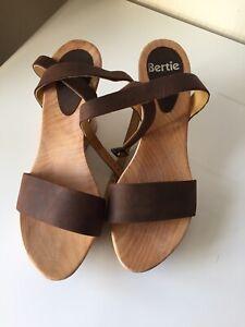 Angel Brown Suede wood sandals - size 39 (6 UK)