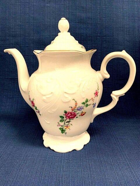 Wawel Coffee/Teapot Vintage China Rose Garden Gold Scallop Edge Poland 9.5
