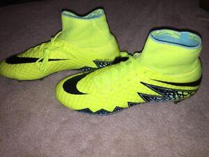 the best attitude 18dfe 5d515 Details about Nike Hypervenom Phantom II SG Pro Soccer Shoes, Size 12.5,  Volt, Mercurial Vapor