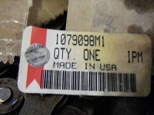 "TYC 60 Riveted 3//4/"" Pitch Roller Chain 127/"" Mastr Link Massey Ferguson 1079098M1"
