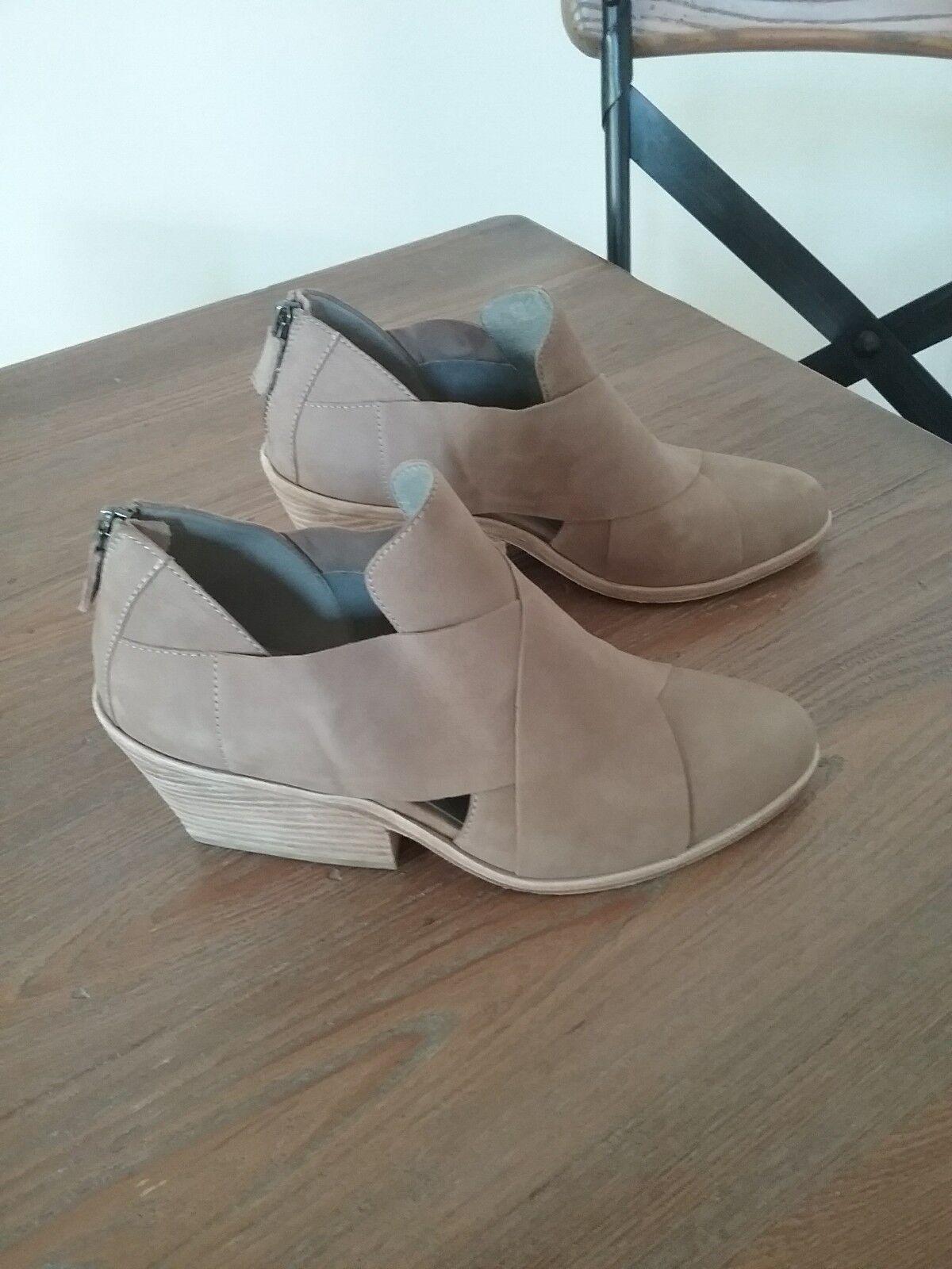 New Eileen Fisher Jenkins Jenkins Jenkins (Earth Tumbled Nubuck) Block Heel Sandal Sz 8.5  260 ea6997