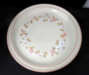 Chantilly Hearthside Stoneware Set of 2 Dinner Plates Fleur de Bois Japan Flower