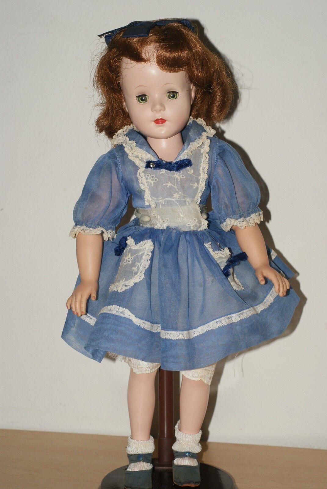 PRETTY  Vintage 17  Hard Plastic & Vinyl Walker All Original Doll