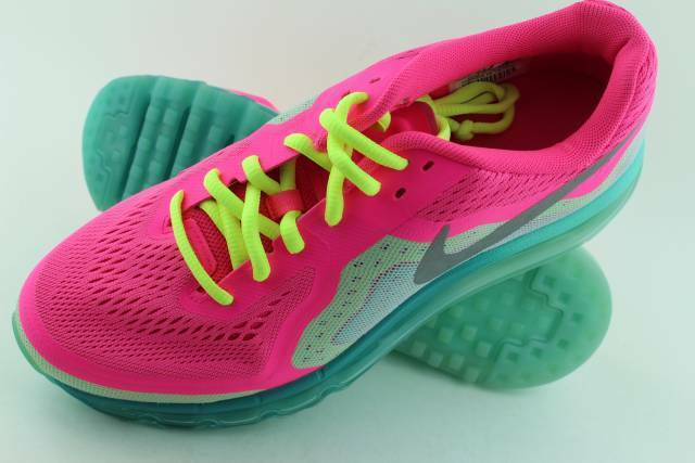 NIKE AIR MAX 2014 YOUTH Size: 6.5 same as woman 8.0 HYPER PINK NEW RUNNING