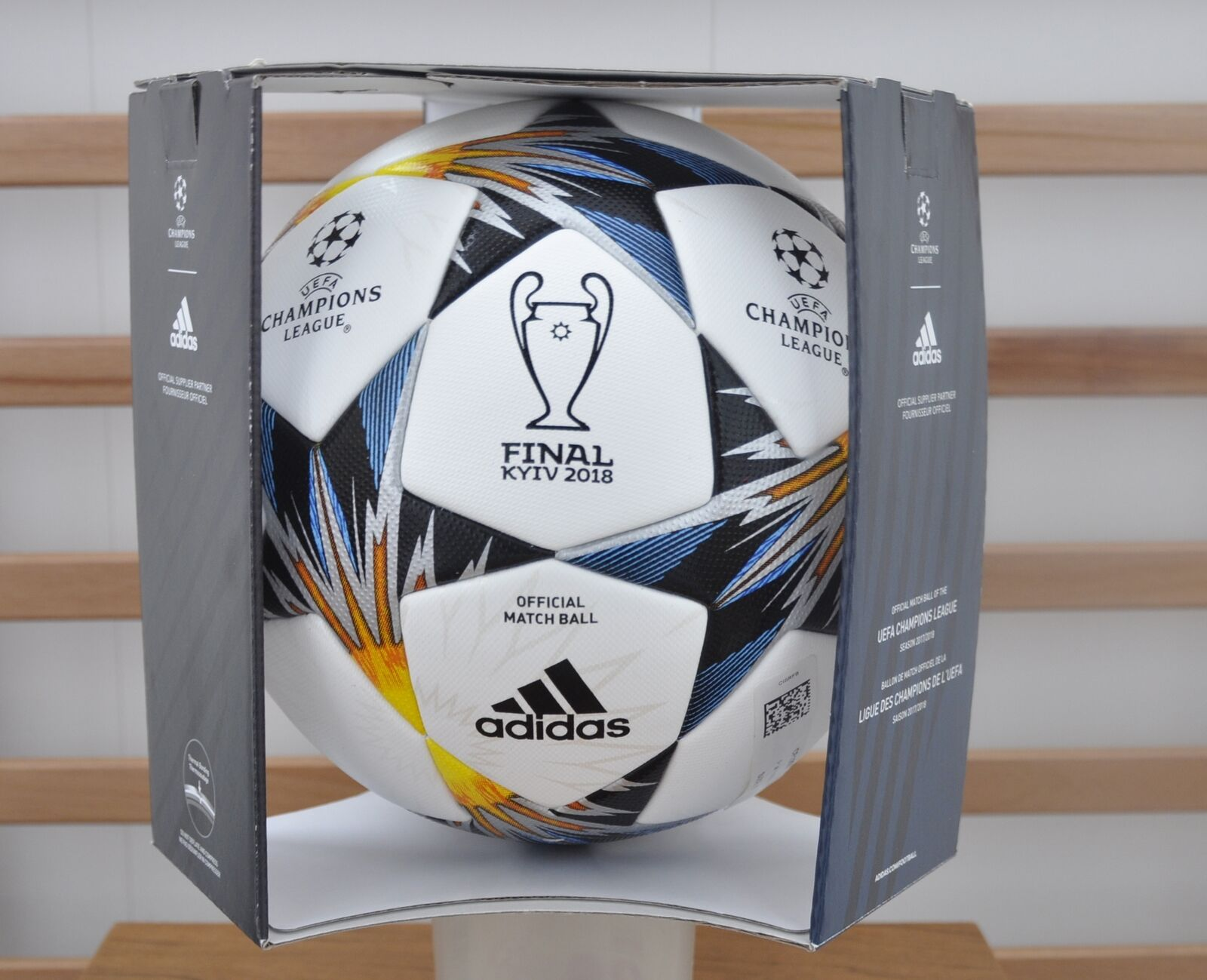 Adidas Kyiv Final 2018 Official Match Btutti (OMB), CF1203 CF1203 CF1203 with scatola 760
