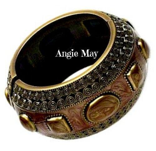Pretty Egyptian Style Antiqued Gold w Brown Sienna Enamel Hinged Bangle Bracelet