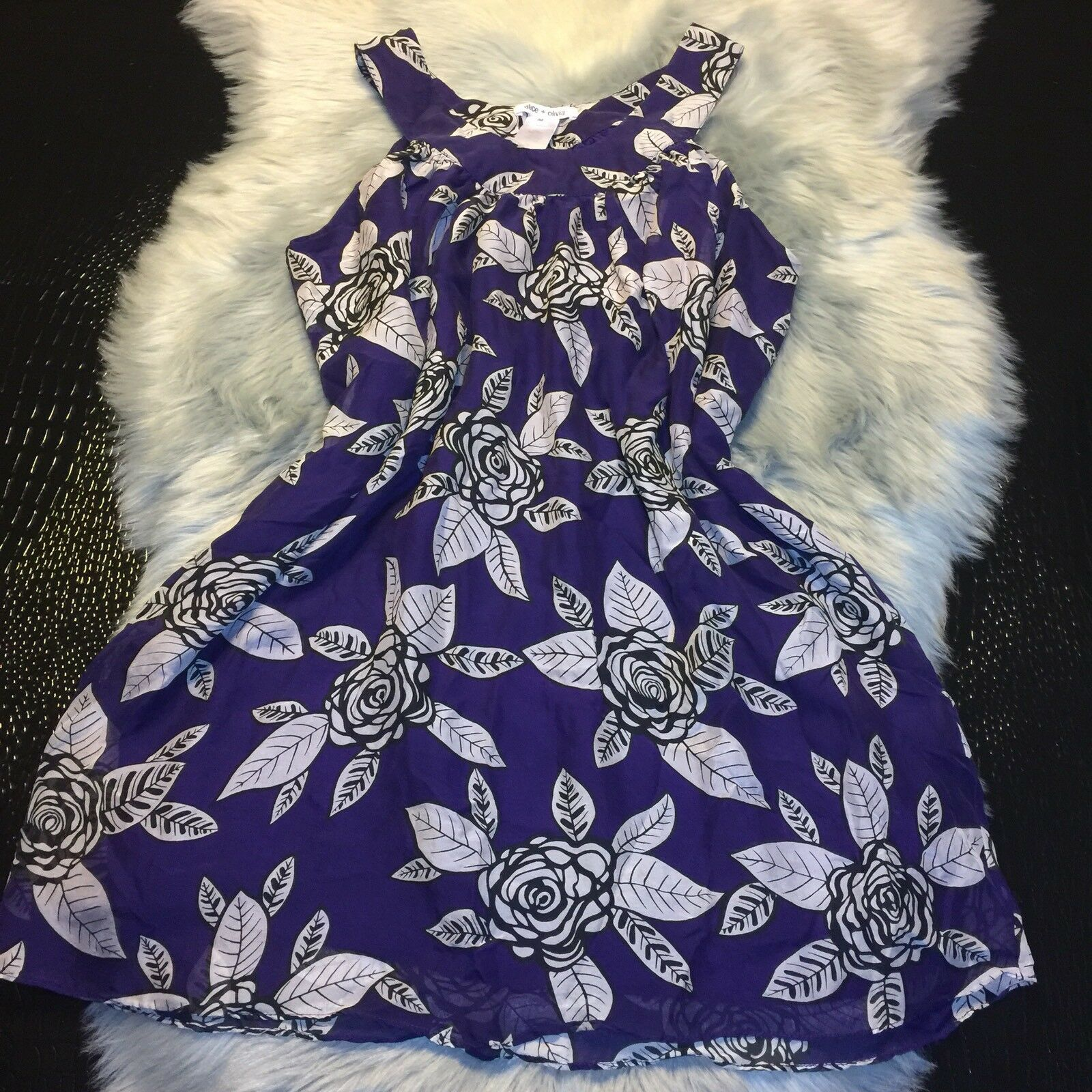 Alice Olivia Purple Floral Silk Dress Size M Super CUTE