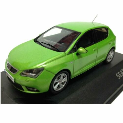 Seat Ibiza color Verde 1:43 IXO Fischer diecast