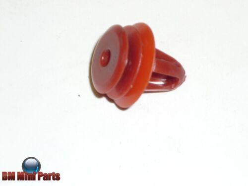 MINI R56 R57 R58 R59 Door Card Clip Red x2 51412757183