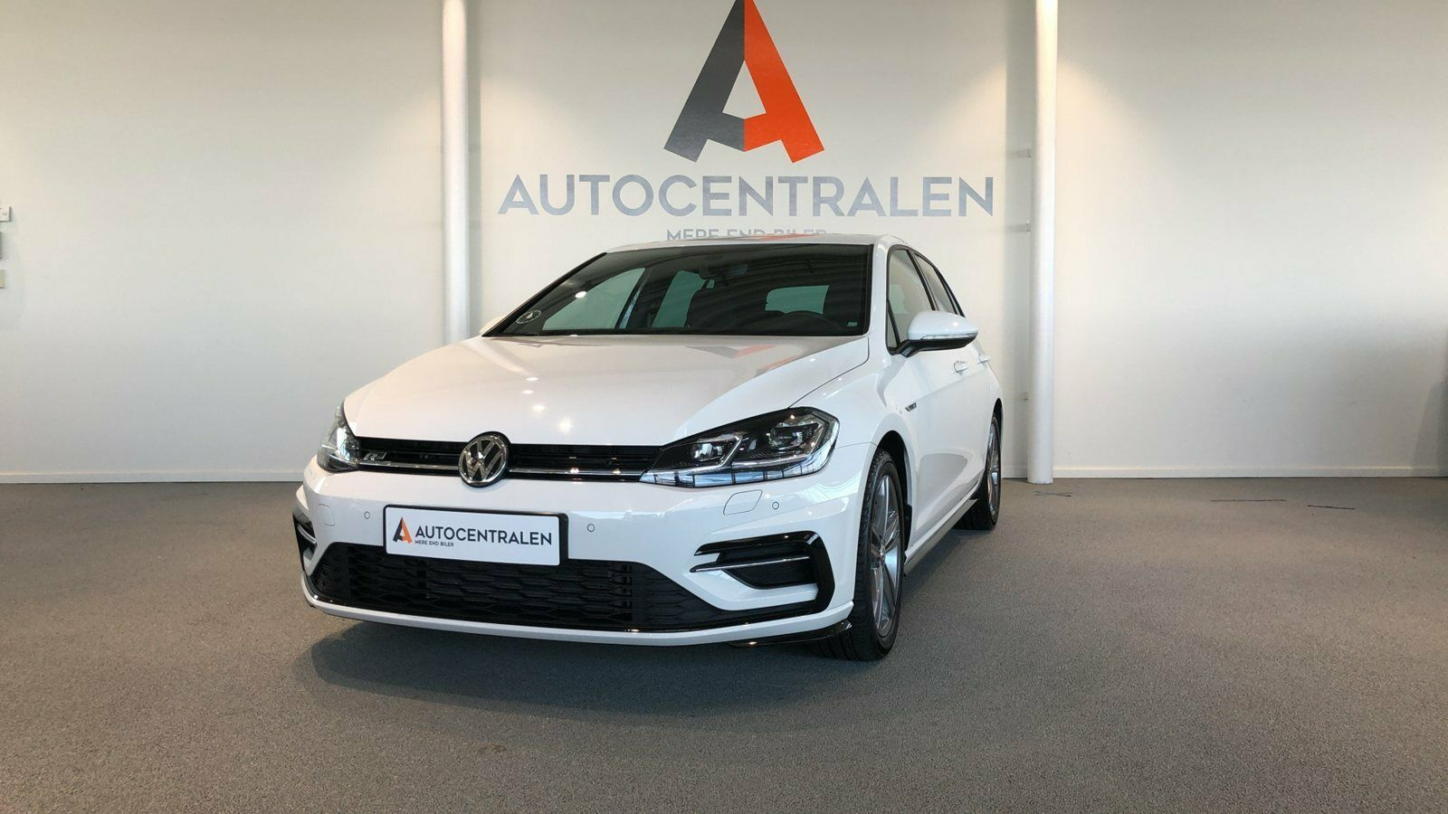 VW Golf VII 1,5 TSi 150 Highline DSG 5d - 339.900 kr.