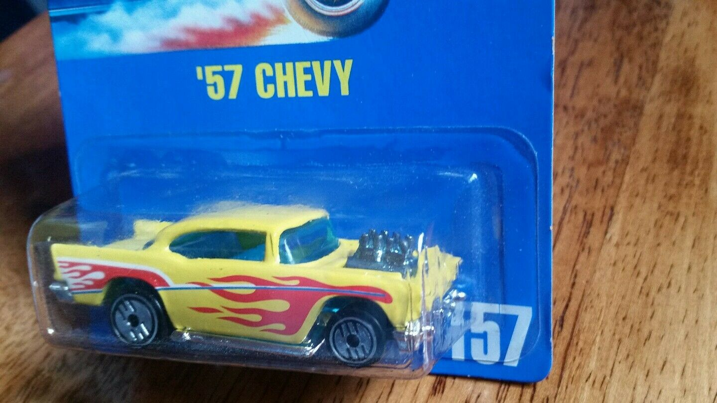 HOT WHEELS   '57 CHEVY -RARE VHTFSTAMPED BASE-VARIATION1991blueE CARD