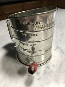 Vintage Bromwell's 3 Cup Flour Measuring Sifter ~ Metal with Wood Knob on Crank