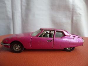 Corgi-Whizzwheels-DS21-CITROEN-SM-284-Maserati-Engine-Toy-CAR-PURPLE-Vintage