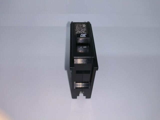 CUTLER HAMMER GHBS GHBS1020D 1 POLE 20 AMP 240V CIRCUIT BREAKER  with wire