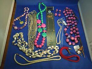 Lot Of 12 Teile Mode Mode Perlenbesetzt Schmuck Armbänder Halsketten Unterscheidungskraft FüR Seine Traditionellen Eigenschaften