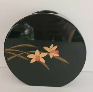 Vintage-Japanese-round-wooden-black-lacquered-Asian-vase-with-gold-amp-red-flowers