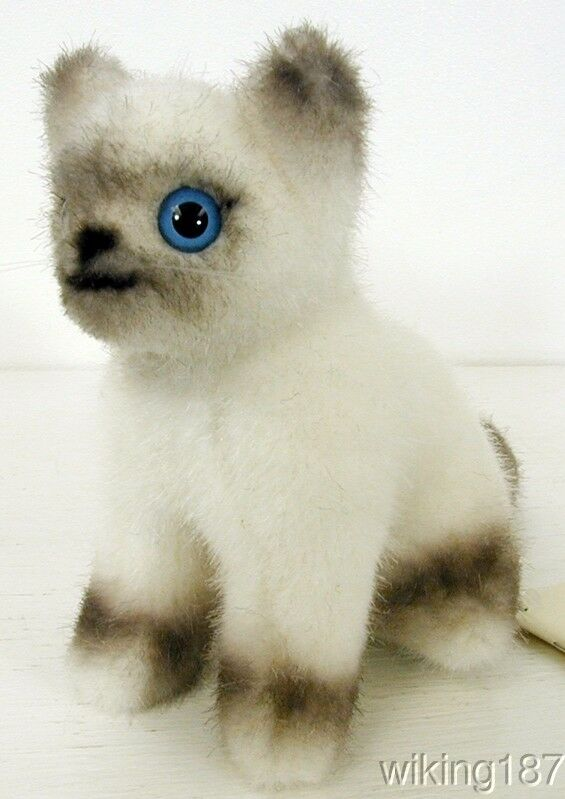 KOSEN Made In Germany NEW Sitting Birma Kitten with Blau eyes PLUSH TOY