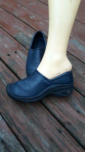 Keen Women 6 Loafers