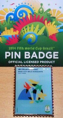 Pin + Plakat Motiv 10 + 2014 FIFA World Cup Brazil + 3,0x2,5 cm + OVP Lizenz #22