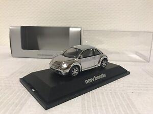 Schuco-1-43-VW-NEW-BEETLE-Cadeau-coccinelle-voiture-miniature-MODELCAR-SCALE-MODEL-Jouer