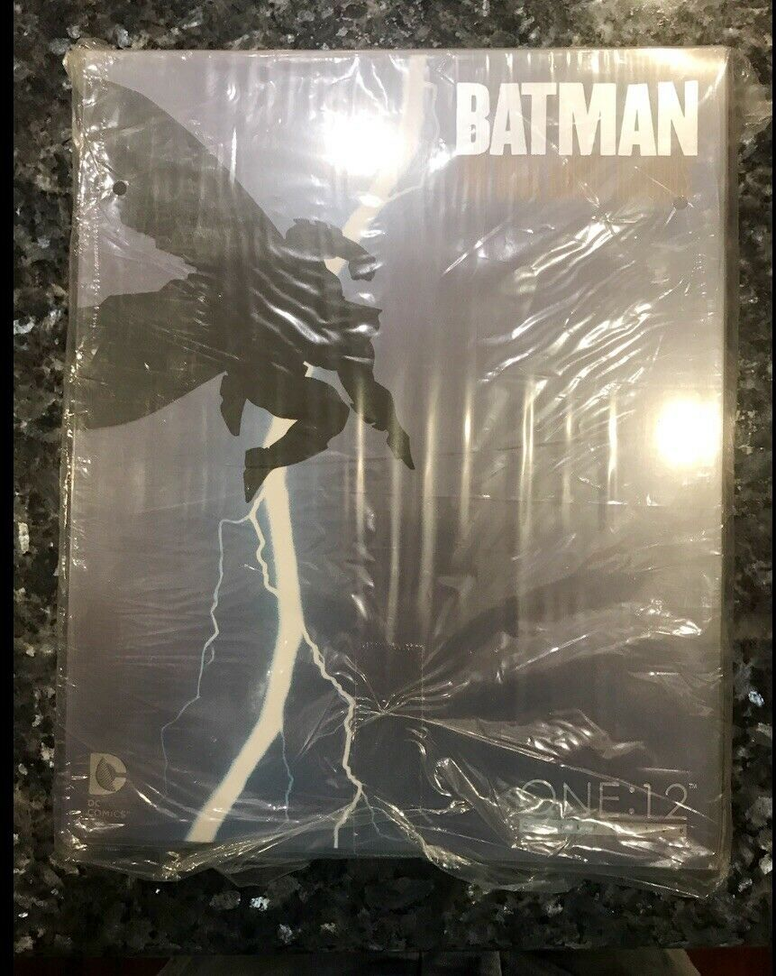 MEZCO TOYZ ONE 12 COLLECTIVE THE DARK DARK DARK KNIGHT RETURNS BATMAN SEALED FREE SHIP 205960