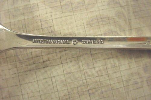 1 INTERNATIONAL STERLING SILVER SALAD FORK 1940 SERENITY PATTERN