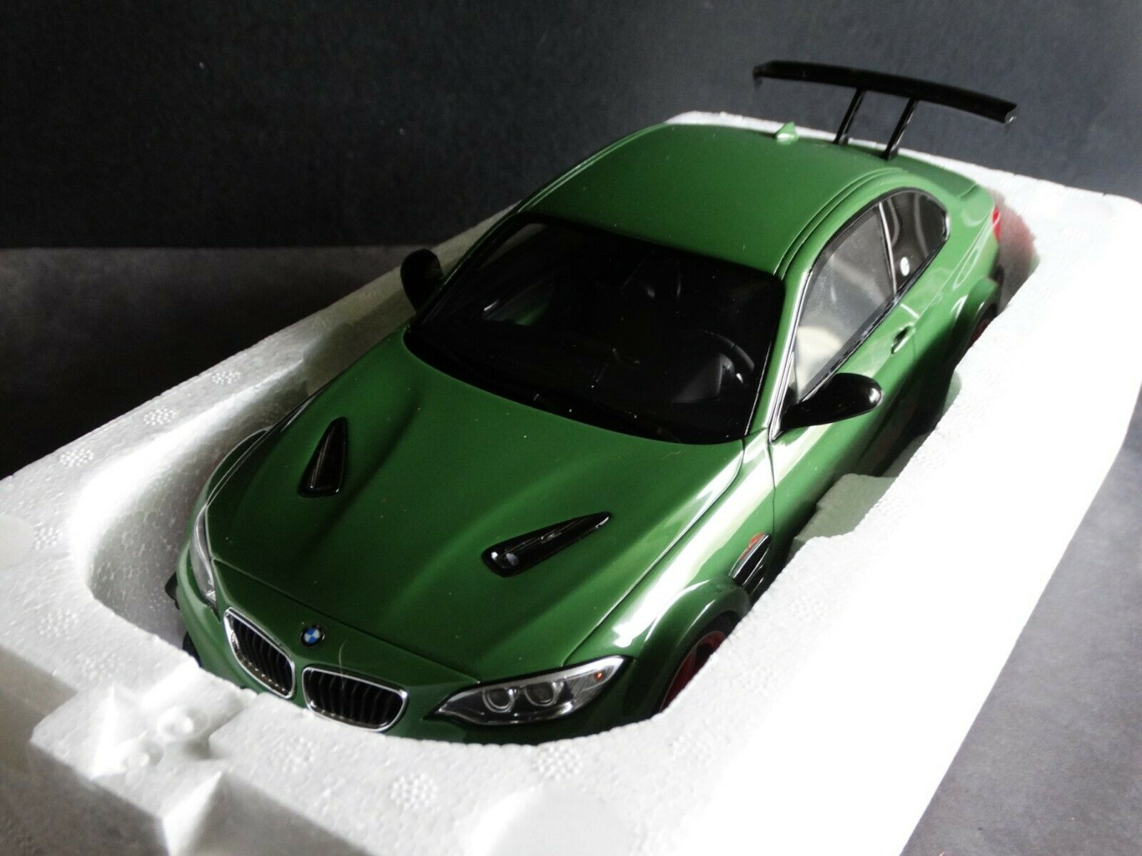 GT Spirit BMW AC Schnitzer ACL2 Coupe 1 18 Scale Resin Cast Car verde Tuner