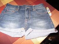 American Rag $39 Denim Heidi Wash Stretch Casual Shorts - Juniors 9