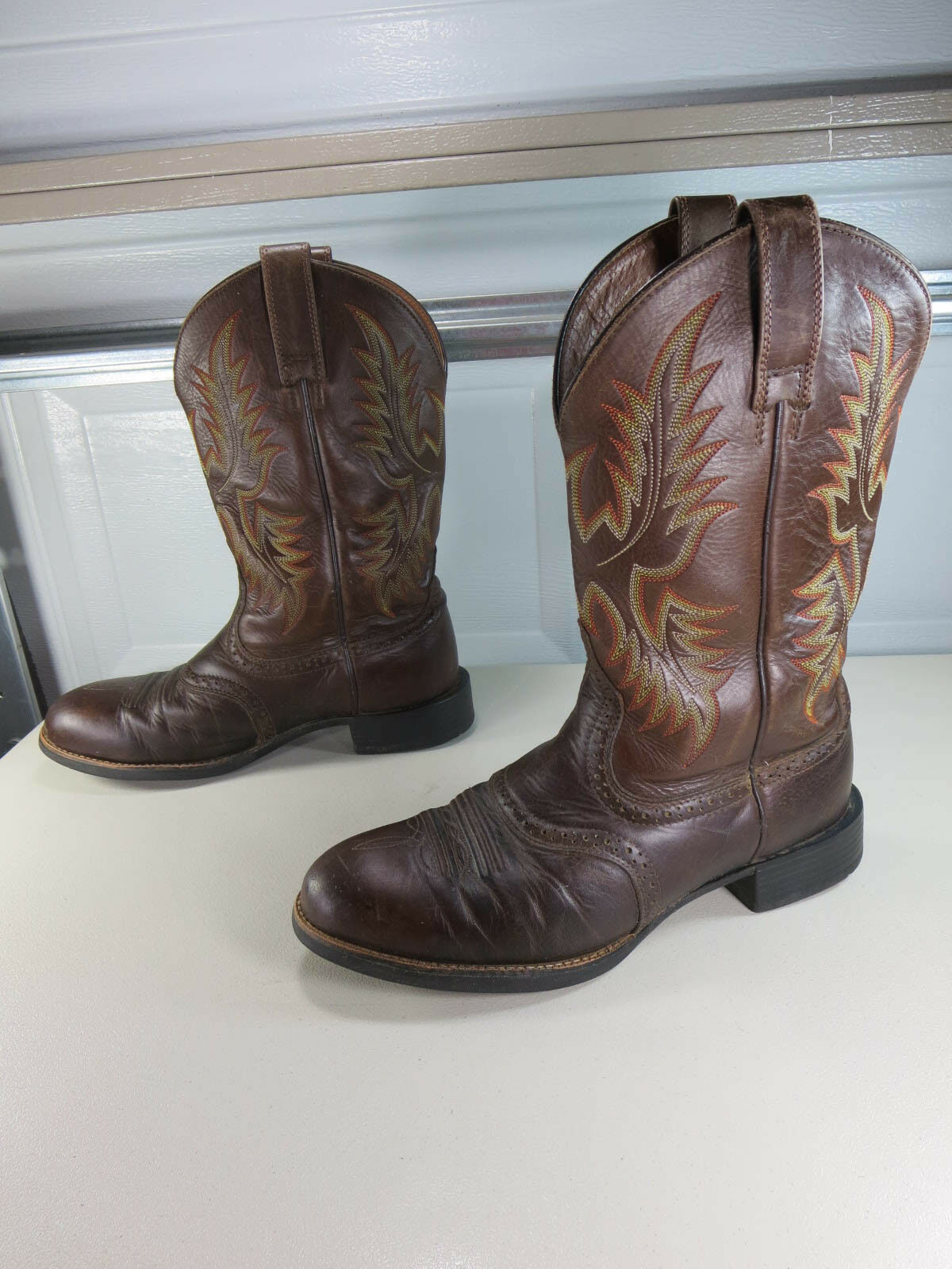 Ariat womens brown fire yellow Heritage STockman R toe cowboy 8.5 D VGUC
