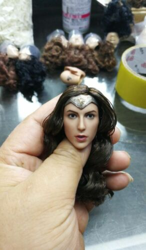 "Zc Toys 1//6 Scale Wonder Woman Gal Gadot Female Head Carved Sculpt F 12/"" Figure"