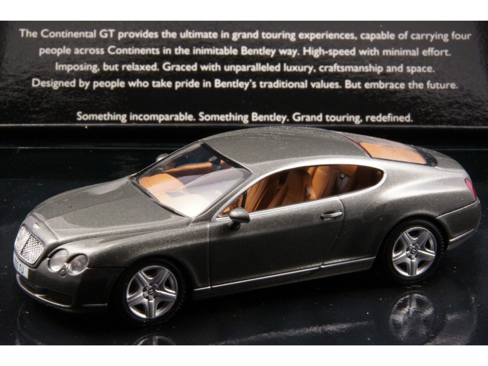 Bentley Continental GT Dealer Edition 1 43 Cypress vert by MINICHAMPS (BL 313)