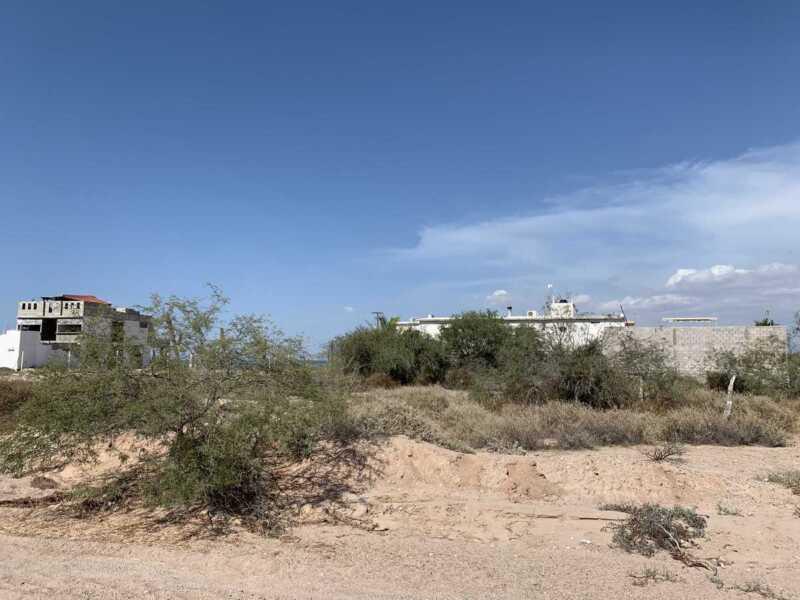 TERRENO DE PLAYA EN BAHÍA DE LA PAZ a  50 mts de Playa El Comitan