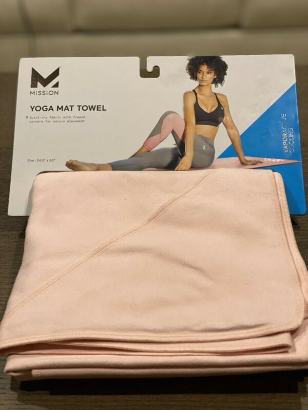 MISSION VaporActive Yoga Mat Towel - Strawberry Cream - New