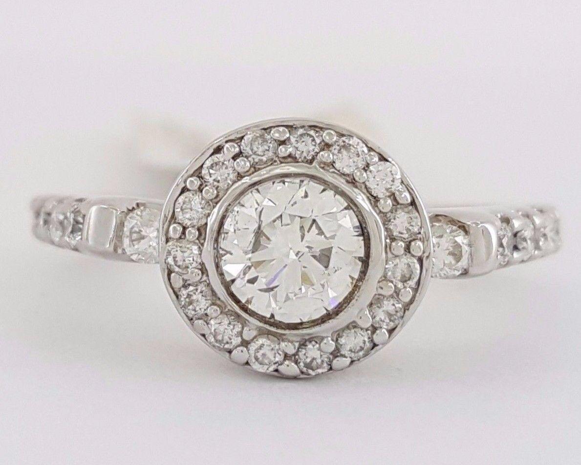 0.75 ct 14k White gold Round Brilliant Diamond Halo Engagement Ring Rtl  1,800