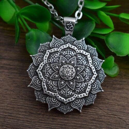 2019 Hot OM mandala yoga méditation art Prière Mala Amulet religieux Fille Collier