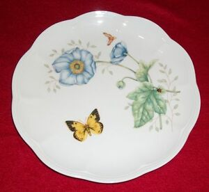 Butterfly-Meadow-Collector-Plate-9-25-034-D-Lenox
