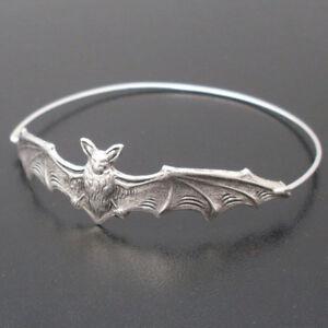 Fashion-Cool-Womens-Bat-Bangle-Bracelet-Wristband-Halloween-Jewelry-Gift