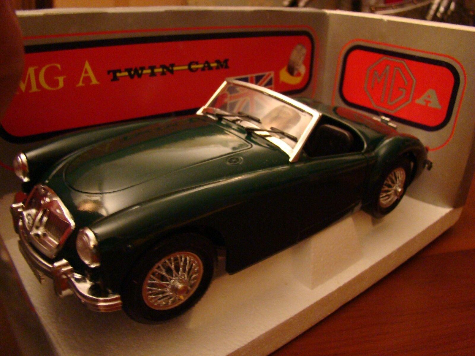 1 16 MGA Twin Cam 1.6 Litre 1958 Rare British Racing Green 1 18