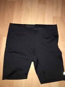 Women-039-s-Road-Runner-Running-shorts-size-Large-Black