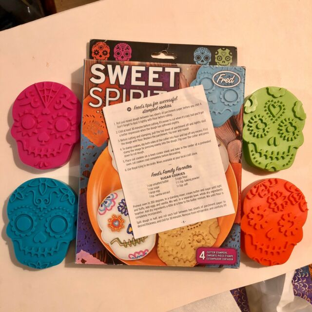 Fred Sweet Spirits Skull Cookie Cutters /& Stamp Set for Day of the Dead Cookies