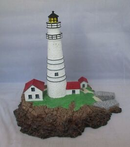 Boston-Light-Massachusetts-Beacons-By-The-Sea-Danbury-Mint-Lighthouse