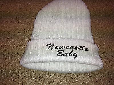 Audace Personalizzata Ricamato Bambini Calcio Cappello Con Newcastle Baby Gratis P&p-mostra Il Titolo Originale