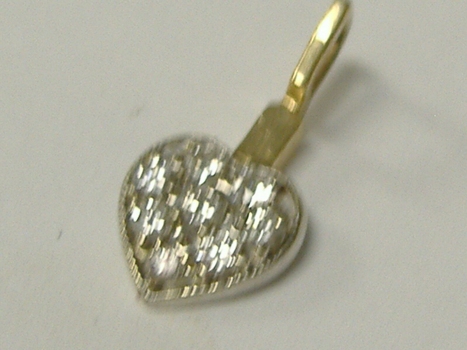 VINTAGE SOLID 10 K  2 TONE NATURAL DIAMONDS(0.12CT TW) HEART PENDANT