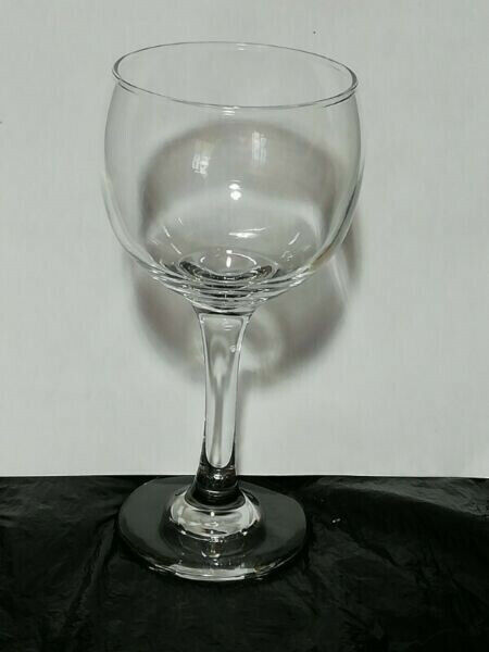 GLASSWARE TO DRINK FROM