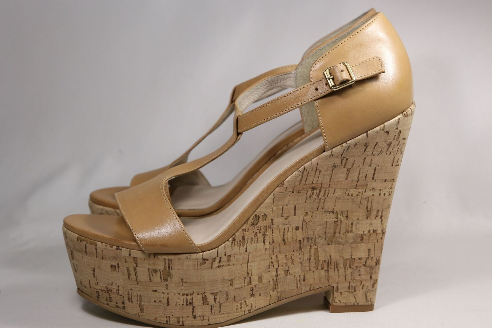 Elizabeth Wedge & James Nude/Tan Leather Wedge Elizabeth Platform T-Strap Sandals 9.5